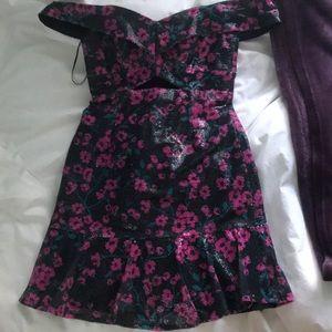 Mini Dress/Off the shoulder/Cutout/Sequins